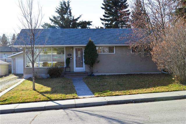411 Spyhill Road NW, Calgary, AB T2K 3P1 (#C4217584) :: Calgary Homefinders