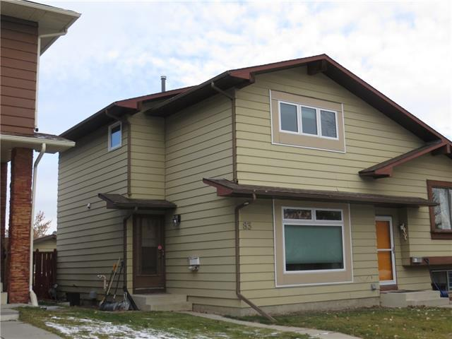 83 Berkshire Close NW, Calgary, AB T3K 1Z2 (#C4217607) :: Canmore & Banff