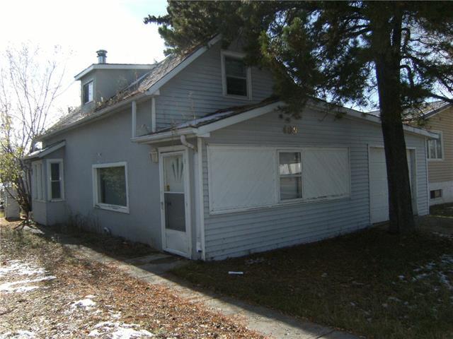 409 Main Street, Trochu, AB T0M 0C0 (#C4217616) :: Twin Lane Real Estate