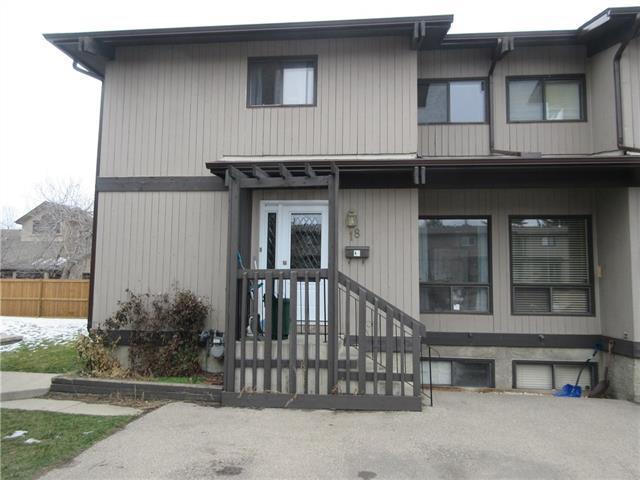 2210 Oakmoor Drive SW #18, Calgary, AB T2V 4R4 (#C4217710) :: Your Calgary Real Estate