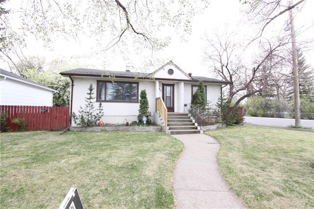 457 33 Avenue NW, Calgary, AB T2K 0B5 (#C4217714) :: Redline Real Estate Group Inc
