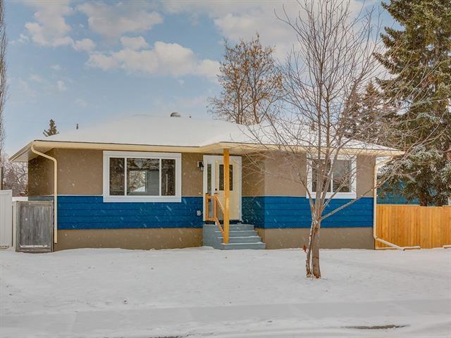 5404 Thornbriar Road NW, Calgary, AB T2K 2X8 (#C4217732) :: Calgary Homefinders