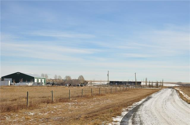 402088 1085 Drive E, Rural Foothills M.D., AB T2S 0H1 (#C4217885) :: Calgary Homefinders