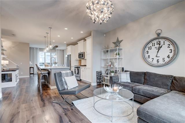 257 River Heights Drive, Cochrane, AB T4C 0W1 (#C4217960) :: Redline Real Estate Group Inc