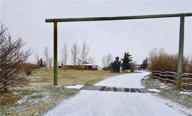 24110 2562 Drive E, Rural Foothills M.D., AB T0L 0P0 (#C4217991) :: Redline Real Estate Group Inc