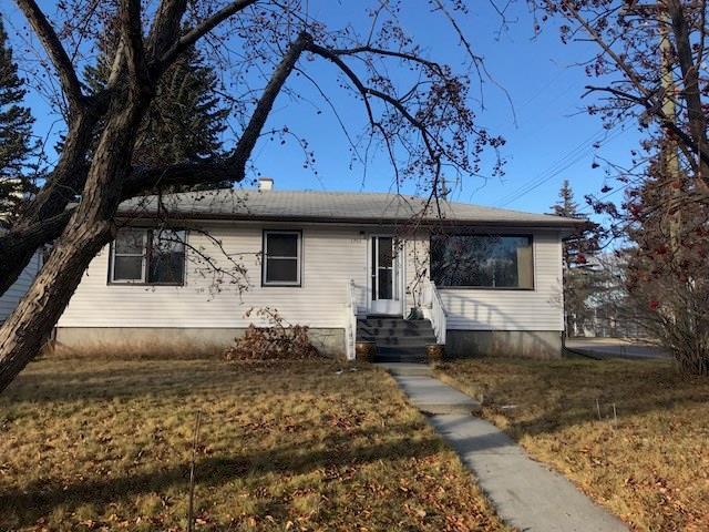 1701 32 Street SW, Calgary, AB  (#C4218043) :: Redline Real Estate Group Inc