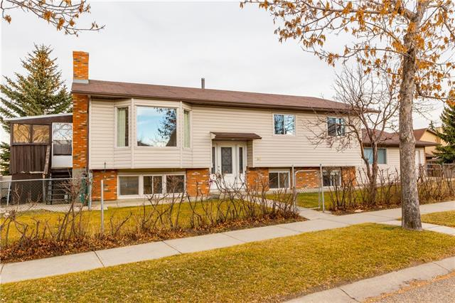 260 Berkshire Place NW, Calgary, AB T3K 1Z8 (#C4218131) :: Canmore & Banff