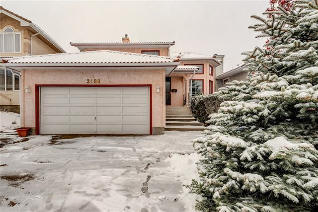 2188 Sirocco Drive SW, Calgary, AB T3H 2T9 (#C4218287) :: Redline Real Estate Group Inc