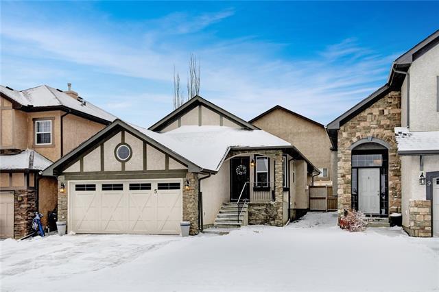 5 Sherwood Parade NW, Calgary, AB T3R 1R1 (#C4218463) :: Redline Real Estate Group Inc