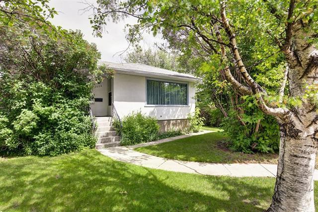 2024 50 Avenue SW, Calgary, AB T2T 2W3 (#C4218569) :: Redline Real Estate Group Inc