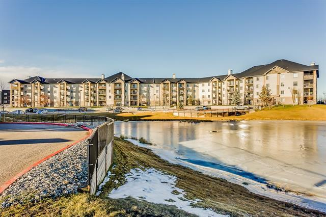 304 Mackenzie Way SW #8403, Airdrie, AB T4B 3H8 (#C4218605) :: Canmore & Banff
