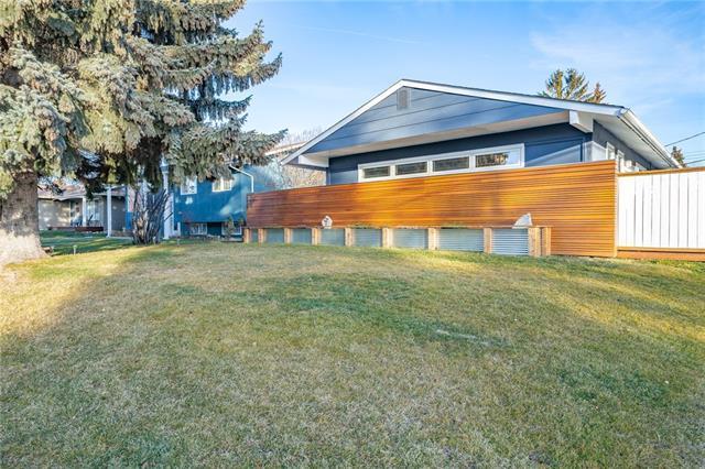 1108 Lake Wapta Road SE, Calgary, AB T2J 2P2 (#C4218669) :: Redline Real Estate Group Inc