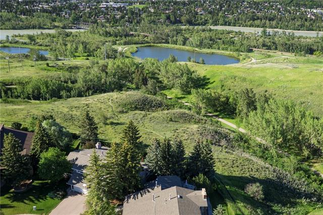 135 Silver Crest Crescent NW, Calgary, AB T3B 3T8 (#C4218678) :: Canmore & Banff