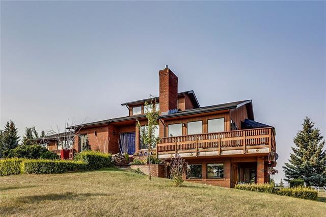 19 Calling Horse Estates, Rural Rocky View County, AB T3Z 1H4 (#C4218797) :: Redline Real Estate Group Inc
