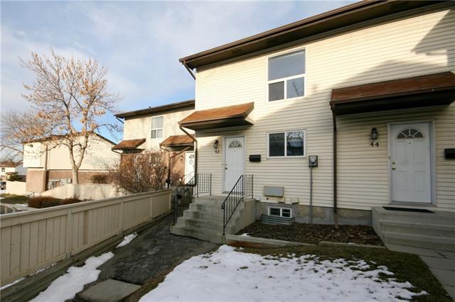 32 Whitnel Court NE #43, Calgary, AB T1Y 5E3 (#C4218860) :: Redline Real Estate Group Inc