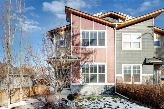 4738 Bowness Road NW, Calgary, AB T3B 0B4 (#C4218886) :: Canmore & Banff