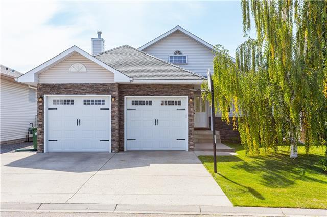 410 Riverview Green, Cochrane, AB T4C 1K9 (#C4218963) :: The Cliff Stevenson Group