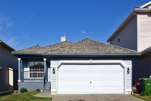 136 Edgebrook Park NW, Calgary, AB T3A 5T8 (#C4219149) :: Redline Real Estate Group Inc