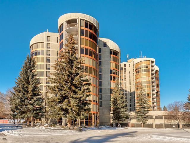 10 Coachway Road SW #131, Calgary, AB T3H 1E5 (#C4219375) :: Canmore & Banff