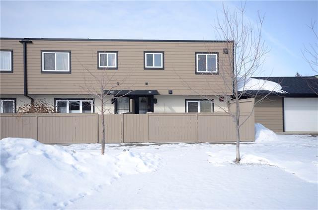 3809 45 Street SW #112, Calgary, AB T3E 3H4 (#C4219382) :: Redline Real Estate Group Inc