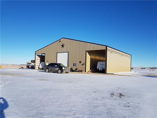 264188 Lochend Road, Rural Rocky View County, AB T4C 1A2 (#C4219474) :: Redline Real Estate Group Inc