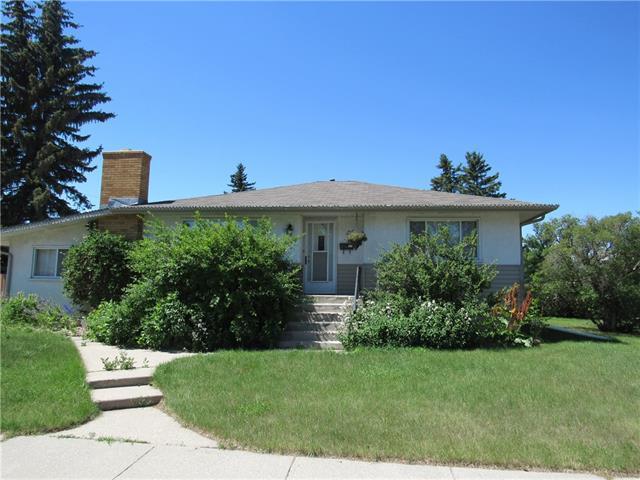 2707 23 Street NW, Calgary, AB T3G 2A3 (#C4219487) :: The Cliff Stevenson Group
