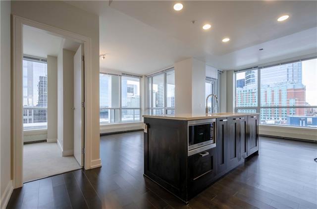 222 Riverfront Avenue SW #827, Calgary, AB T2P 0X2 (#C4219535) :: Redline Real Estate Group Inc