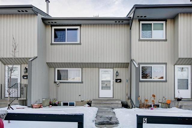 195 Manora Place NE #5, Calgary, AB T2A 5J8 (#C4219580) :: Redline Real Estate Group Inc