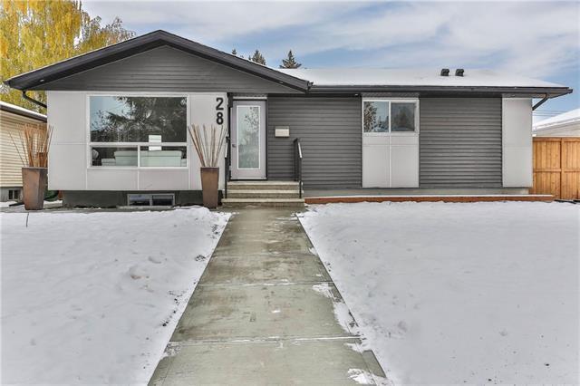 28 Havenhurst Crescent SW, Calgary, AB T2V 3C5 (#C4219592) :: Canmore & Banff