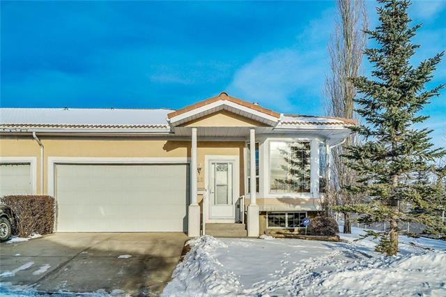28 Signature Villa(S) SW, Calgary, AB T3H 3P6 (#C4219649) :: The Cliff Stevenson Group