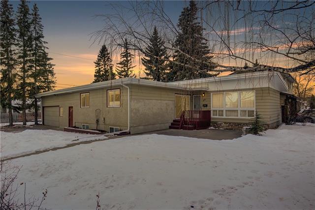 68 Glenfield Road SW, Calgary, AB T3E 4J6 (#C4219656) :: Redline Real Estate Group Inc