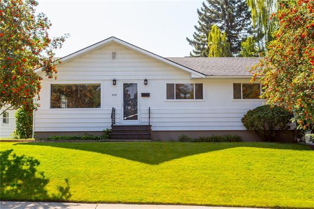 4519 19 Avenue SW, Calgary, AB T3E 0H2 (#C4219840) :: Redline Real Estate Group Inc