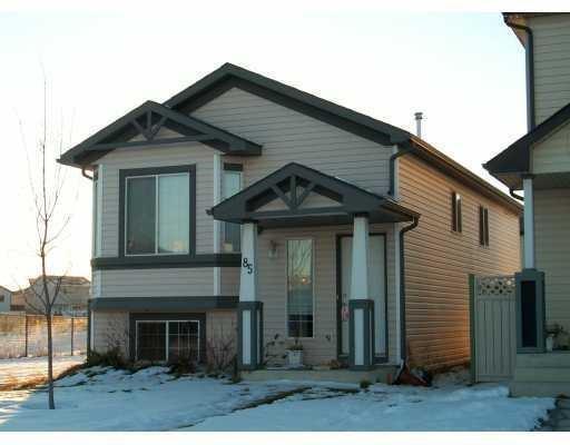 85 Martinvalley Place NE, Calgary, AB T3J 4A2 (#C4220373) :: The Cliff Stevenson Group