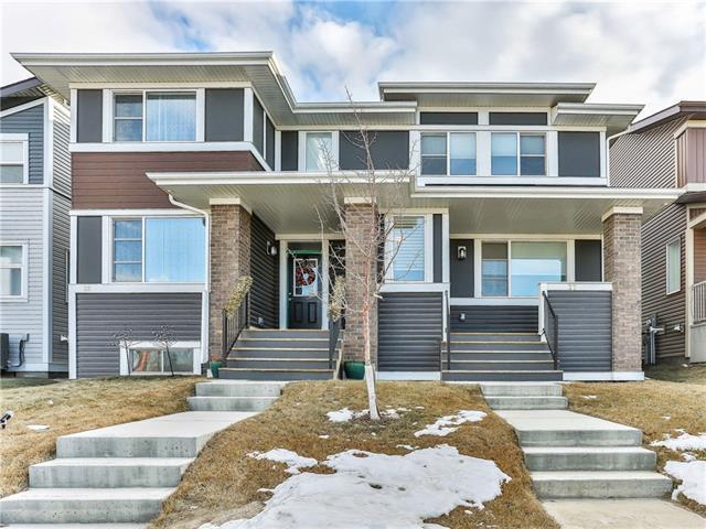 27 Carringvue Drive NW, Calgary, AB T3P 0W4 (#C4220430) :: Calgary Homefinders
