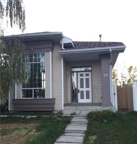 18 Martinridge Way NE, Calgary, AB T3J 3C8 (#C4220549) :: The Cliff Stevenson Group