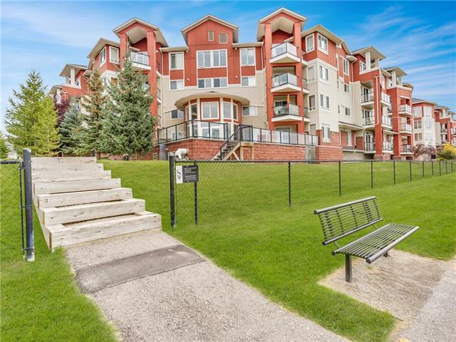 156 Country Village Circle NE #105, Calgary, AB T3K 0E5 (#C4220869) :: Canmore & Banff