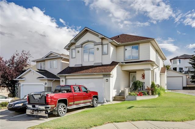 10933 Hidden Valley Drive NW, Calgary, AB T3A 3K1 (#C4220984) :: The Cliff Stevenson Group