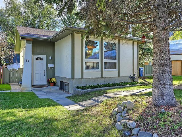 42 Oakvale Place SW, Calgary, AB T2V 1H4 (#C4221006) :: The Cliff Stevenson Group