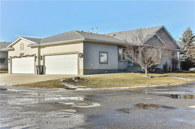 102 Riverside Crescent NW, High River, AB T1V 1X3 (#C4221044) :: Redline Real Estate Group Inc
