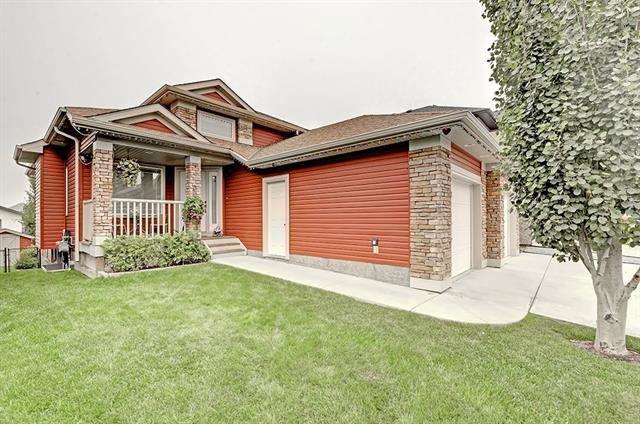 45 Thornfield Close SE, Airdrie, AB T4A 2K7 (#C4221170) :: Redline Real Estate Group Inc
