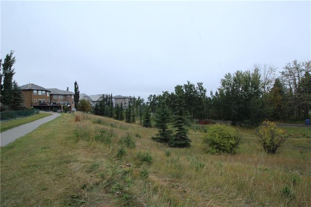 64 Royal Manor NW, Calgary, AB T3G 5T6 (#C4221467) :: Calgary Homefinders