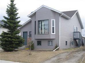 57 Martinview Crescent NE, Calgary, AB T3J 2S5 (#C4221544) :: The Cliff Stevenson Group