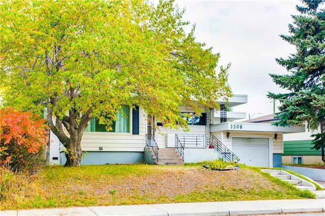 2208 Capitol Hill Crescent NW, Calgary, AB T2M 4B9 (#C4221609) :: Calgary Homefinders