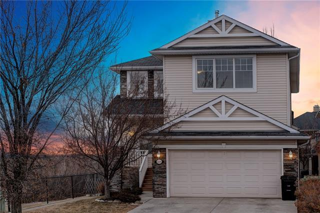 239 Cresthaven Place SW, Calgary, AB T3B 5W4 (#C4221802) :: Redline Real Estate Group Inc