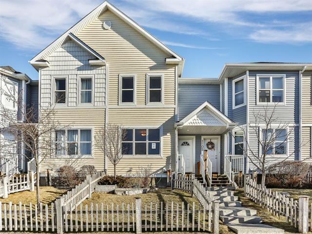 1106 Prairie Sound Circle NW, High River, AB T1V 2A5 (#C4221883) :: Redline Real Estate Group Inc