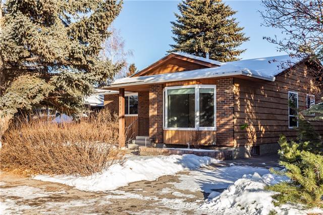 14936 Deerfield Drive SE, Calgary, AB T2J 5N6 (#C4221961) :: Redline Real Estate Group Inc