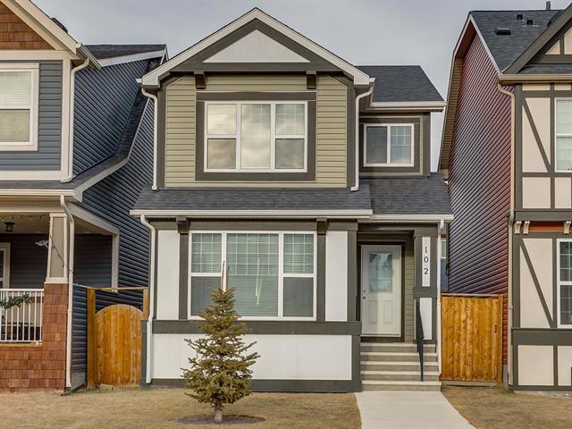 102 Evansborough Common NW, Calgary, AB T3P 0N8 (#C4222184) :: The Cliff Stevenson Group