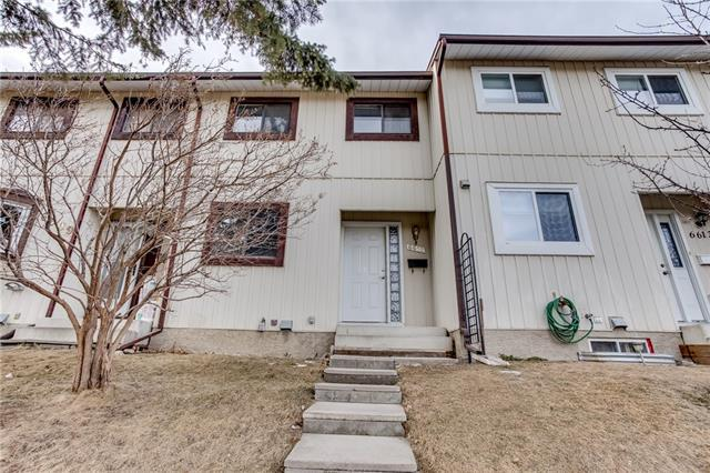 6611 Huntsbay Road NW, Calgary, AB T2K 4R2 (#C4222194) :: The Cliff Stevenson Group