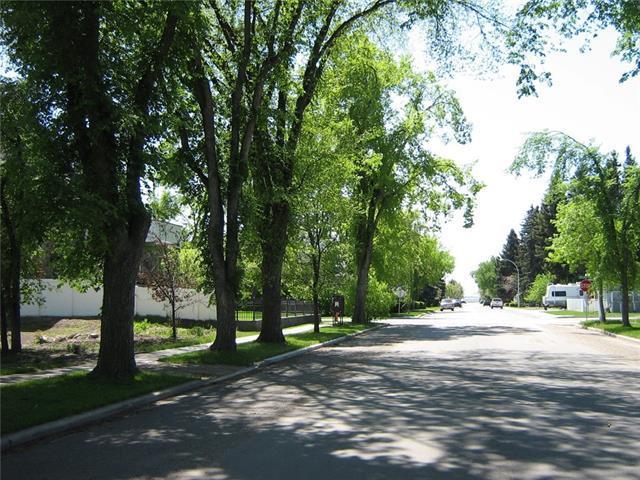 536 8th Street SW, High River, AB T1V 1B8 (#C4222286) :: The Cliff Stevenson Group