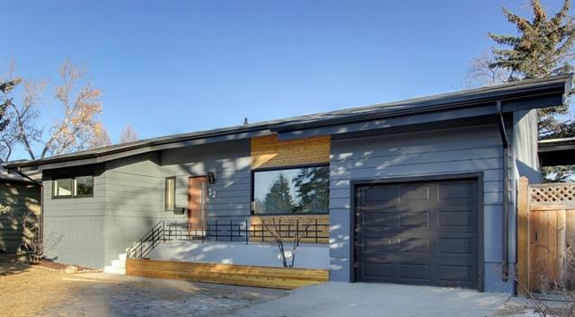 32 Westminster Drive SW, Calgary, AB T3C 2S9 (#C4222366) :: Canmore & Banff